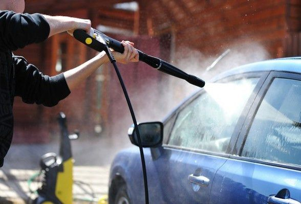 Pros and Cons of Using Pressure Washers on Cars | Car Care Aide ...