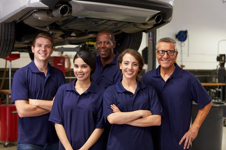 3 Habits That Make Auto Service Writers Better Supervisors
