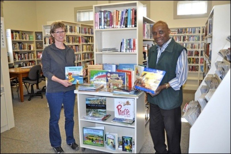 Battleford library receives national collection of children's books