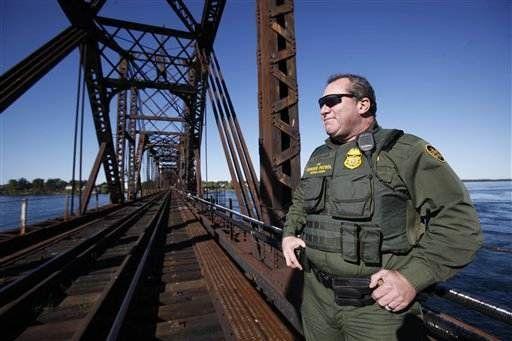 US scales back northern border checks - US news - Security | NBC News