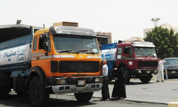 Many water truck drivers stop work | Arab News
