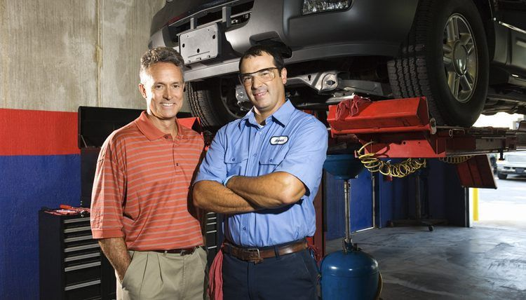 The Difference Between an Automotive Engineer & an Auto Mechanic ...