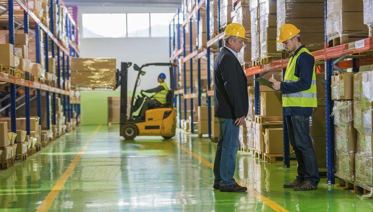 Job Description for a Supply Technician | Career Trend