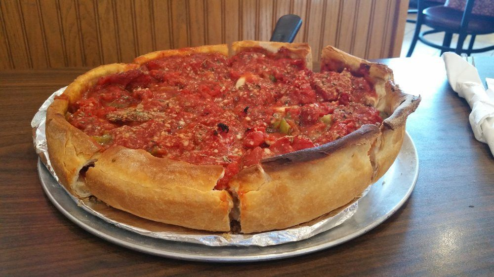 Yum!! Deep dish with pepperoni, green peppers, mushrooms, and ...