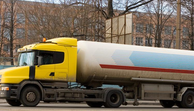 Job Description of a Tanker Driver | Career Trend