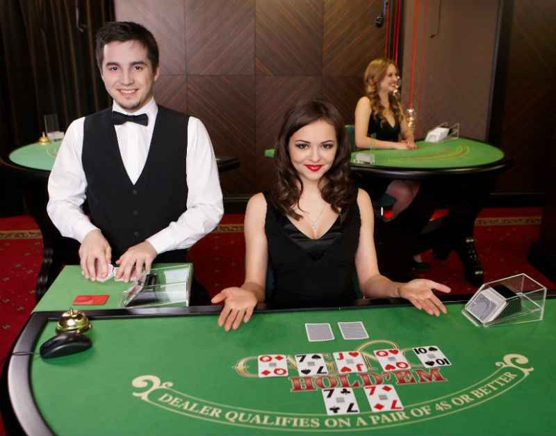 The Benefits of Playing Table Game Versions of Poker | Cardplayer ...