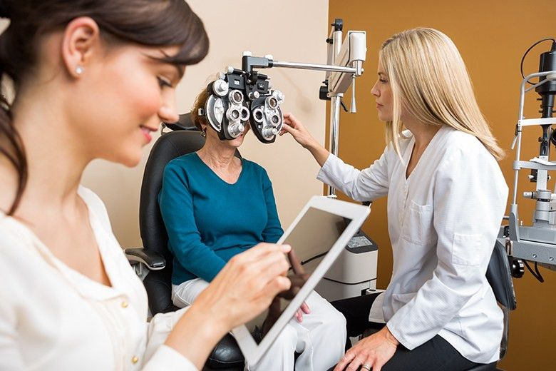 Image Gallery of Ophthalmic Technician