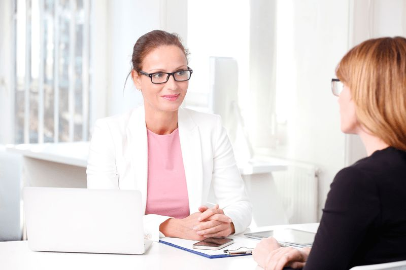 7 Interview Questions for Veterinary Receptionists - Veterinary ...