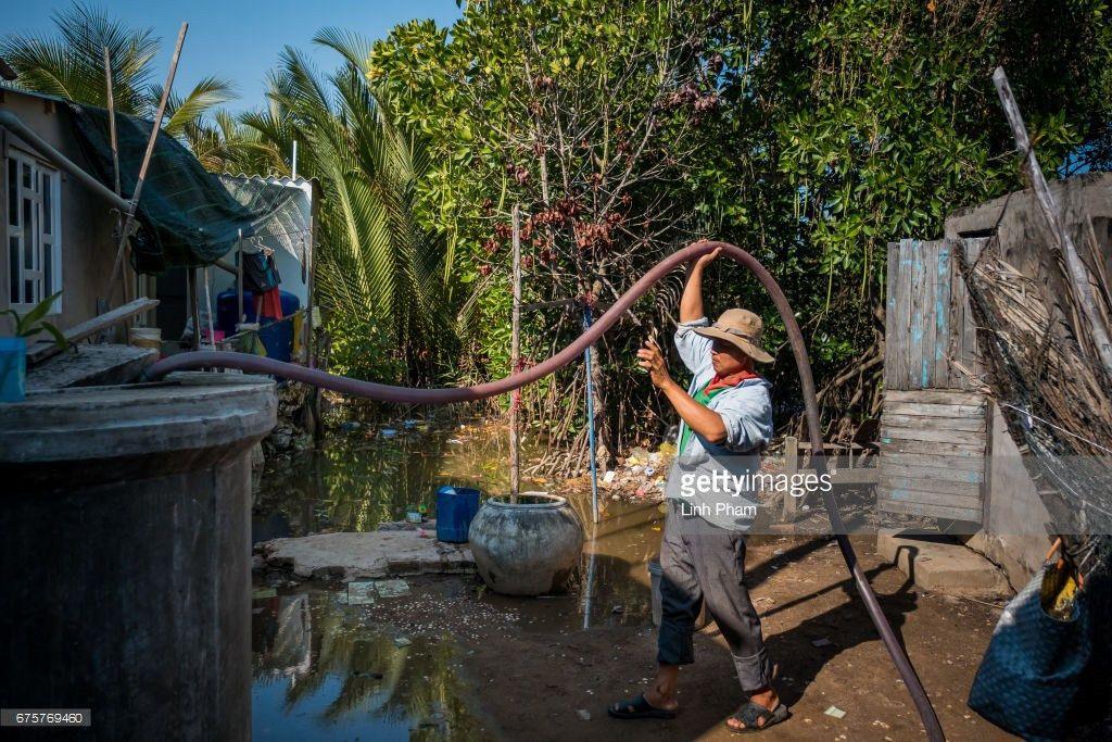 Fotos und Bilder von Vietnamese Farmers Livelihood Under Threat ...