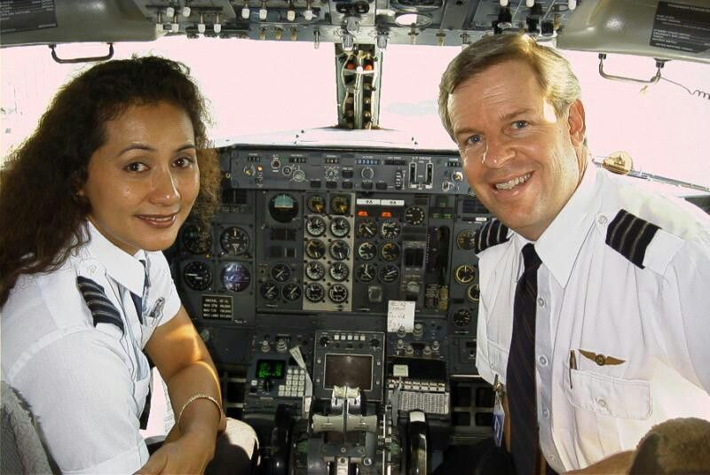 Aloha Airlines Captain & First Officer, image Aloha Airlines Ohana ...