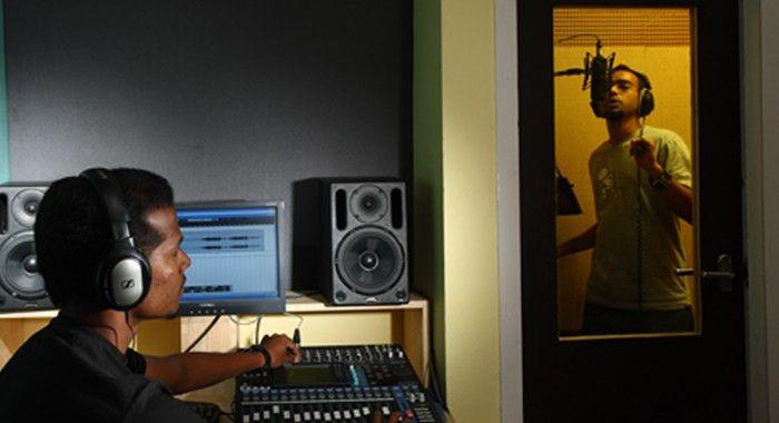 Audio Production Schools | Music Production Schools | Schools ...