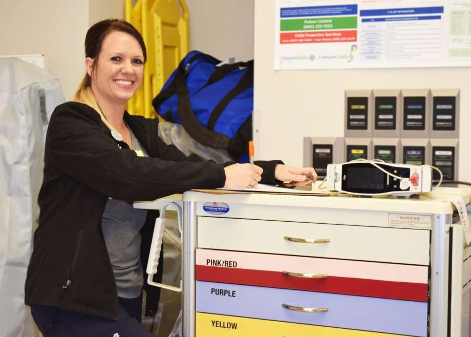 ER nurse takes steps to move closer to patients - Plainview Daily ...