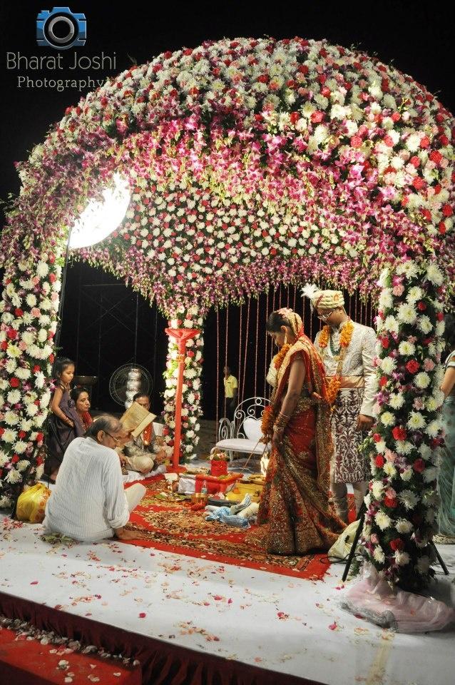 1000 ideas about punjabi wedding decor on pinterest for Artificial flower decoration mandap