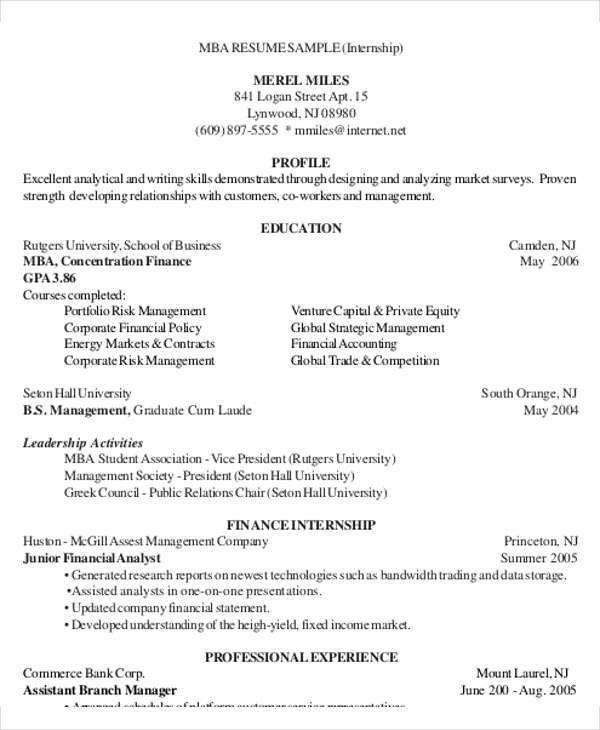 25+ Finance Resumes in PDF | Free & Premium Templates