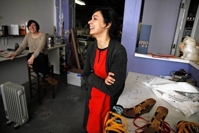 Bringing shoe making back to Chicago -- Chicago Tribune