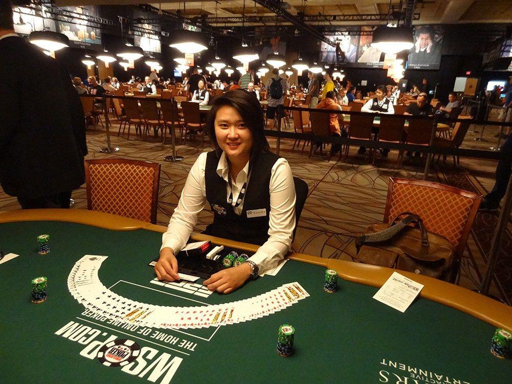 Advanced Poker Dealers Course - World Series of Poker Dealer - ABC ...