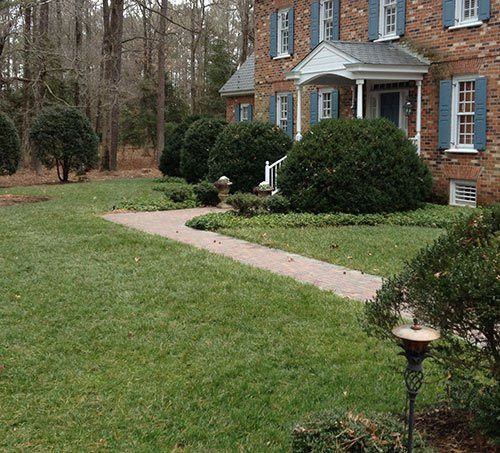 January 2015 Lawn of the Month Winners - Virginia Green Lawn Care ...