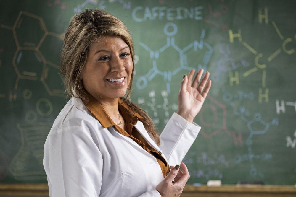 How To Become A Chemistry Teacher | Education | Requirements | Salary