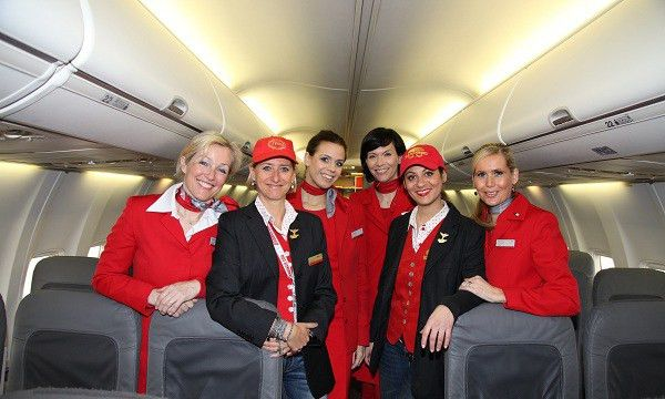 Air Hostess After 10th: Career Guidance & Courses