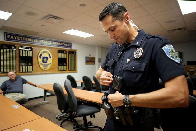 VIDEO: Fayetteville police, other agencies loading up on body cameras