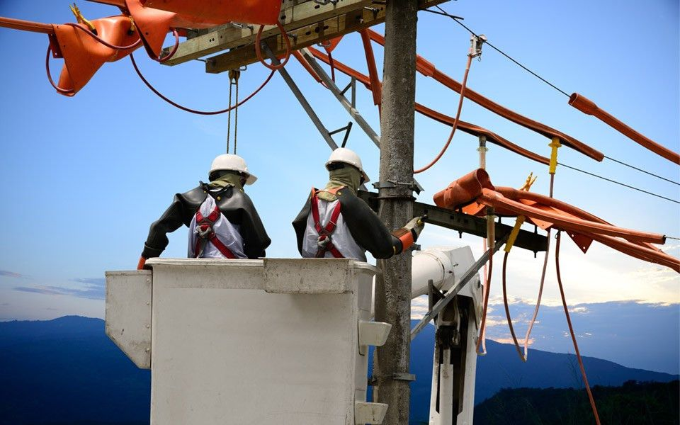 Power Line Technician - ACE Trades and Technical Institute | ACE ...