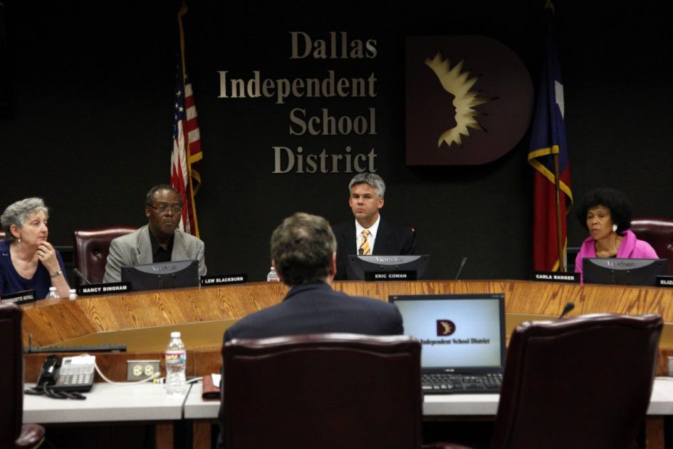 Should Dallas ISD pay its school board members? | News | Dallas News