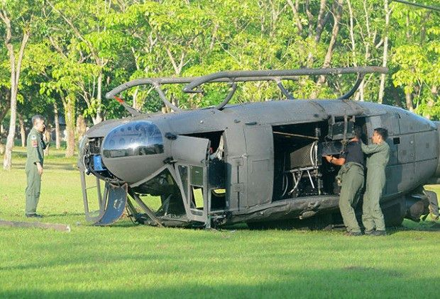Retired Analyst: PAF Huey chopper crashes inside military camp in ...