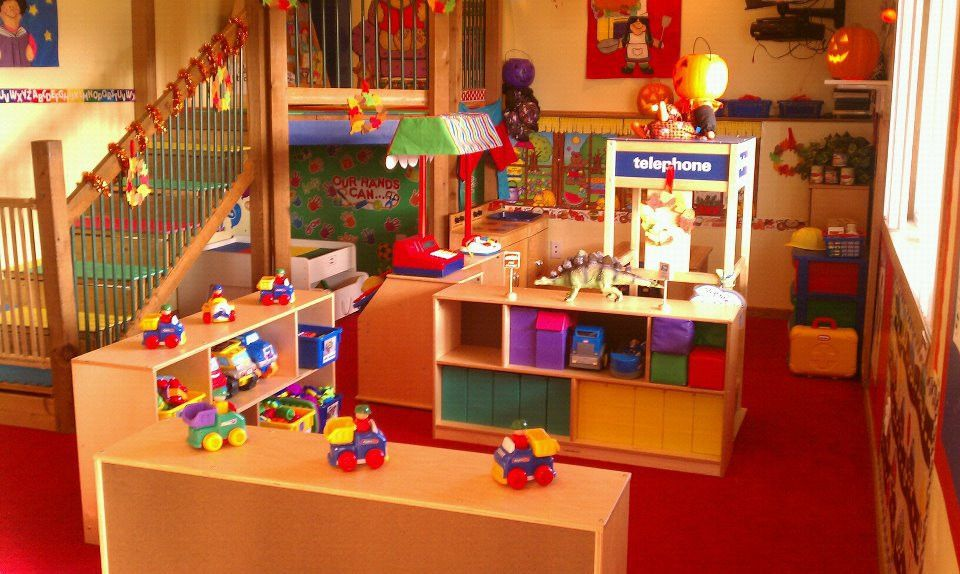 home daycare | Photos... like the layout/flow | Daycare~ Set-up ...