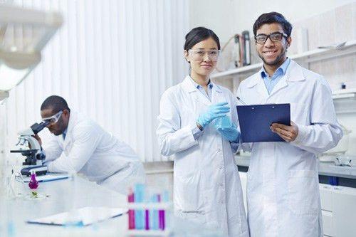 Biochemist & Biophysicist Careers - Careertoolkit