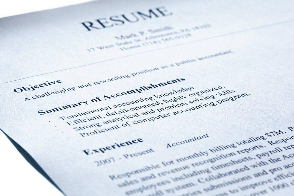 5 Dangers Of Online Resume Samples | CAREEREALISM