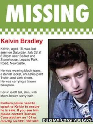 Police put up posters in search for missing teenager - BBC News