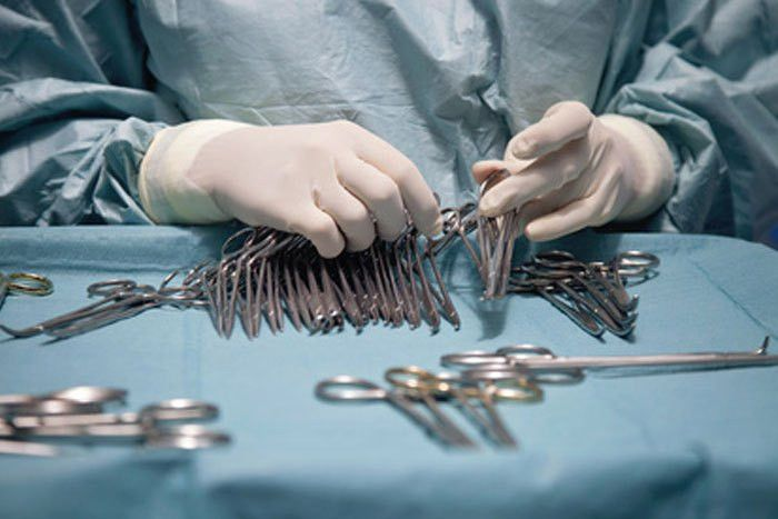 Surgical tech salary information and job description