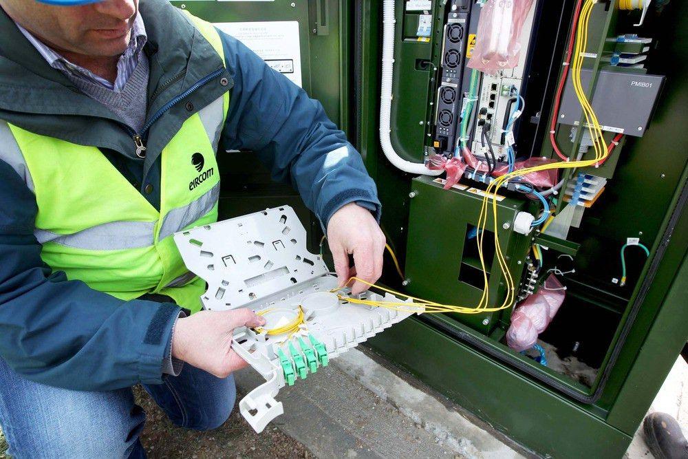 eircom start rolling out fibre Broadband infrastructure ...