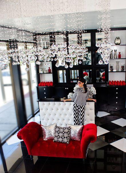 Decoration Salon Red Black White