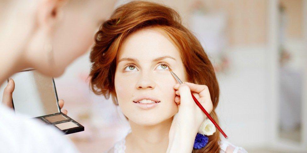 Job Description of a Makeup Artist - QC Makeup Academy