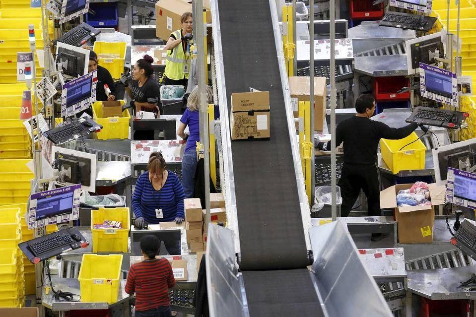 Amazon.com Plans First Air Cargo Hub - WSJ