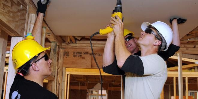 Drywall and Ceiling Tile Installer | Construction Citizen