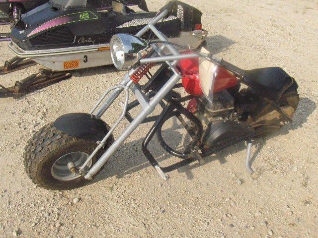 2004 MINI BIKE 5HP FLAMIN SAVM220041100504 mini bike, sold with a ...