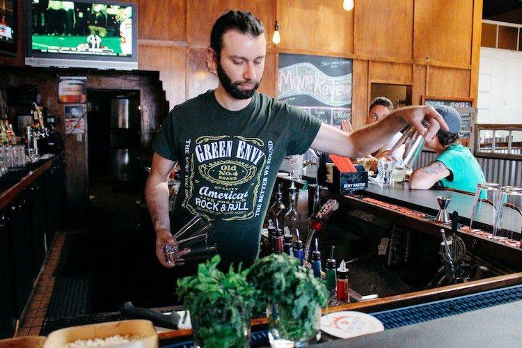 Bartender Job Description - Localwise