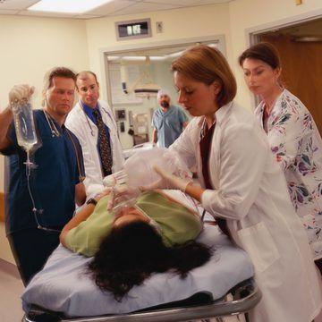Emergency Physician Job Description | Career Trend