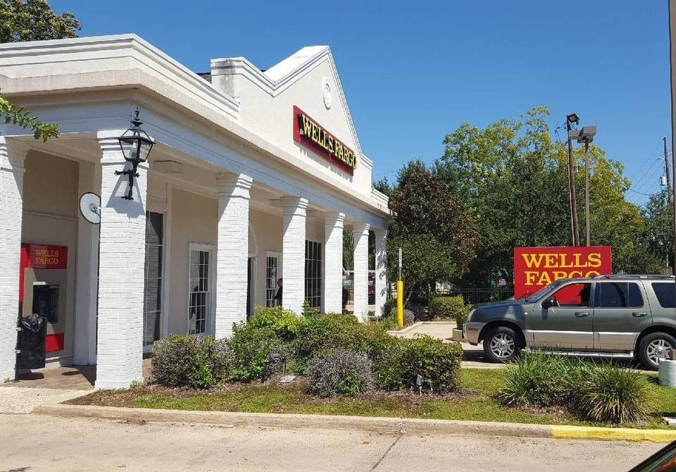 Ocean Springs Wells Fargo robbed by a woman who handed teller a ...