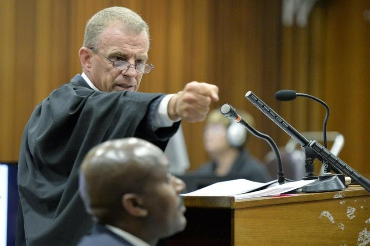 Oscar Pistorius' trial witness calls expert opinions 'all ...