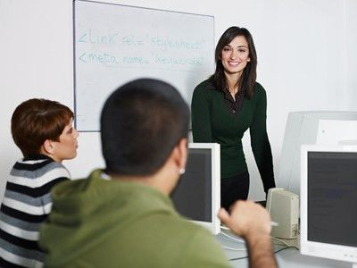 When a Trainer is a Presenter: 5 Top Platform Skills | Guila Muir