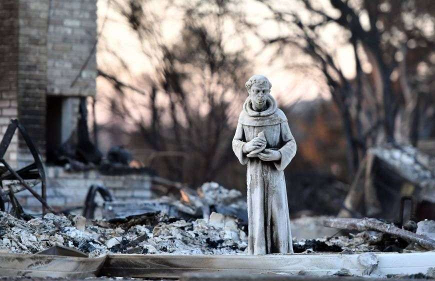 Lighter winds help crews gain on California wildfires; crash ...