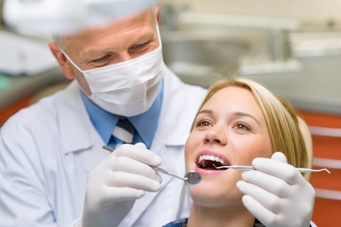 Dentist Job Description | Job Descriptions HUB