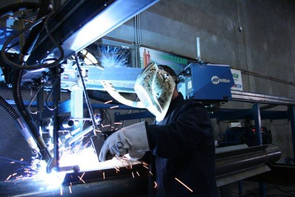 Pulsed MIG Welding and Metal-Cored Wire Give Arizona Fabricator ...