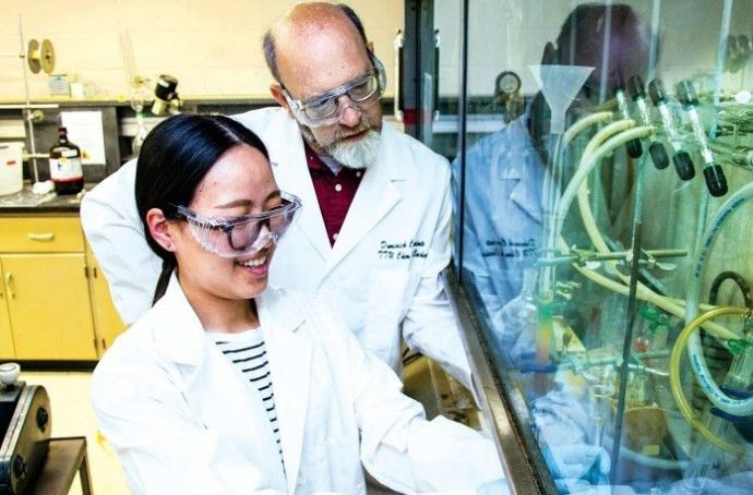 Chemistry Professors Promote Lab Safety | June 9, 2014 Issue - Vol ...