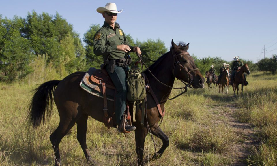 How Pay Reform Could Solve the Border Crisis - Management ...