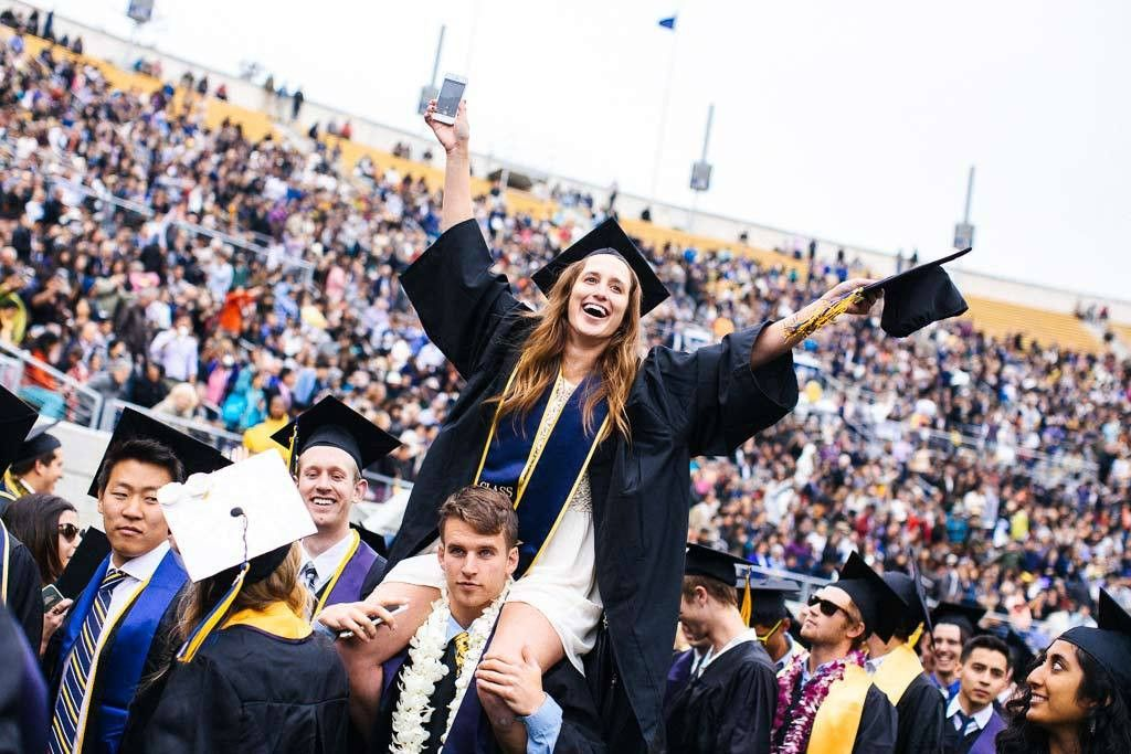 Commencement crowd gives Class of '15 a joyous sendoff | Berkeley News
