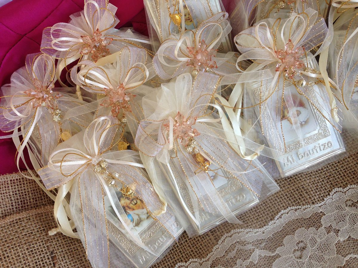 Baptism favors baptisms and angel on pinterest - Giveaways baptism ...
